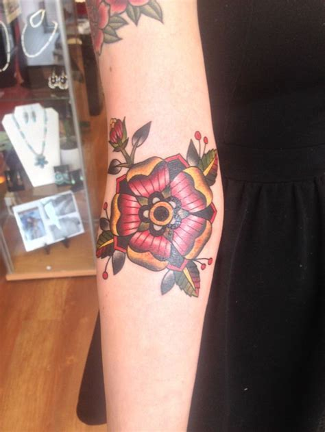 lotus tattoo fredericton 17 best images about cat tattoos on pinterest dia de