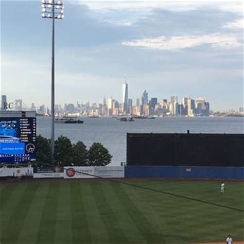 sports fan island reviews staten island yankees 82 photos 61 reviews