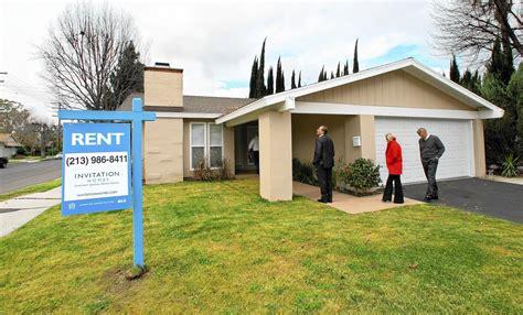single family rental rivals invitation homes and starwood