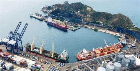 puerto de santa marta colombia colombia prueba el tren de carga del puerto de santa marta