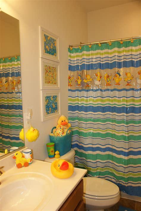 duck bathroom decor 25 best ideas about duck bathroom on pinterest rubber