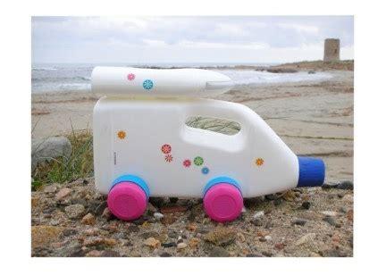 como hacer un auto con una botella plastica como hacer un coche de juguete reciclando bid 243 n de