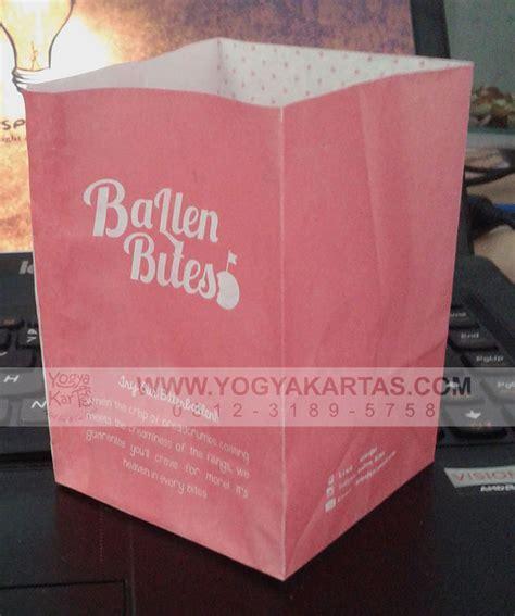 Jepitan Makanan Gorengan Food Tong yogyakartas adalah pabrik kardus tas kertas kemasan