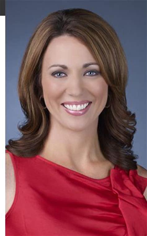 cnn news women brooke baldwin bra size height weight herinterest com