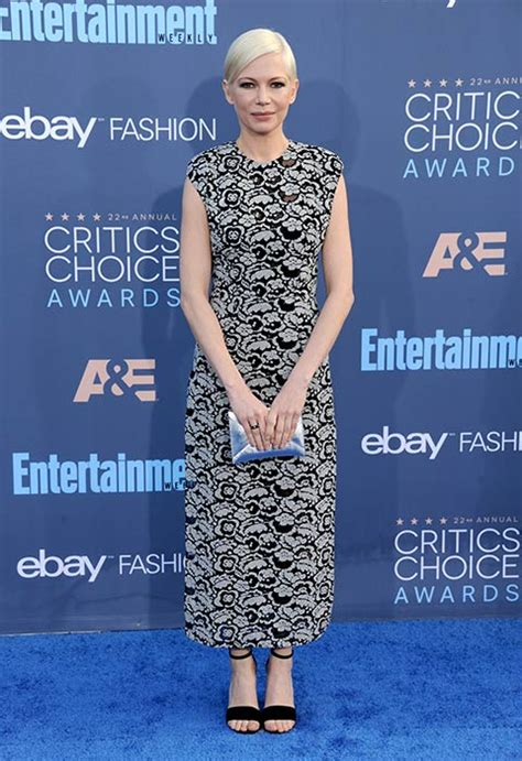 8 Adorable Williams Carpet Looks by Critics Choice Awards 2017 All The Photo 9