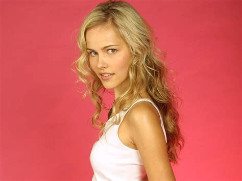 australian actress and model isabel lucas australian actress and model