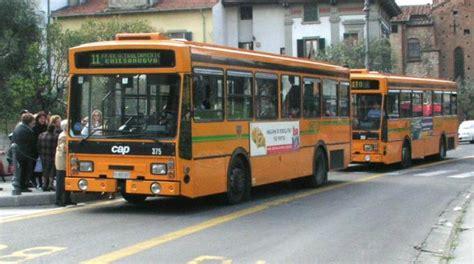 autobus via a rivoluzione e tagli la nazione siena