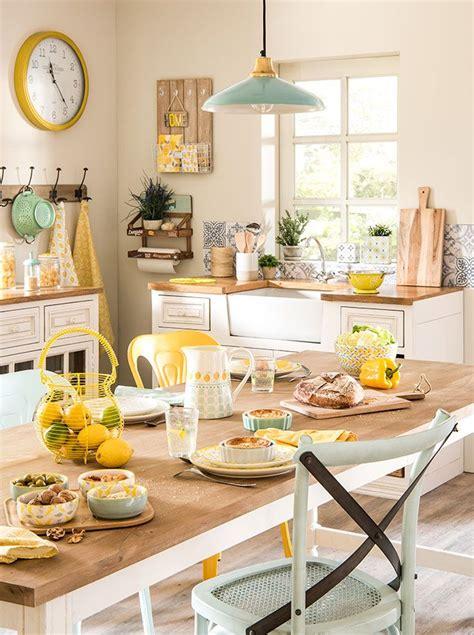 lemon kitchen decor best 25 lemon decorating ideas on pinterest lemon vase