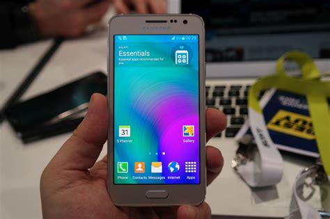 Hp Samsung Galaxy Layar 5 Inchi samsung galaxy a3 smartphone android layar 4 5 inchi