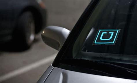 lyft light up beacon uber has created a thriving black market for u