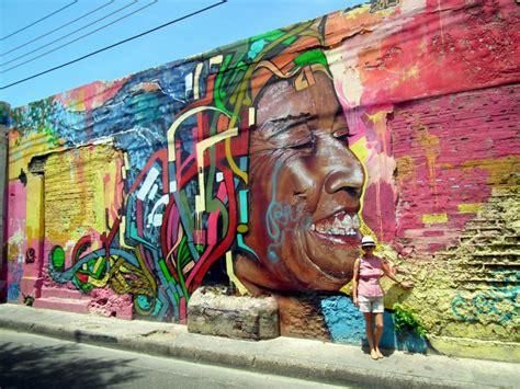 Beautiful Wall Murals graffiti in getseman 237 cartagena colombia travel blog by