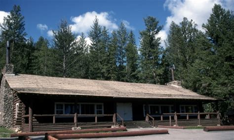 cabin yellowstone roosevelt lodge cabins in yellowstone alltrips