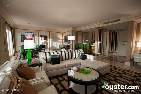 bellagio 2 bedroom penthouse suite 5 of the most uber luxurious suites in las vegas oyster com
