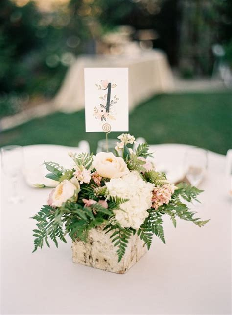 Wedding Box Centerpieces by 1425 Best Lovely Centerpieces Images On