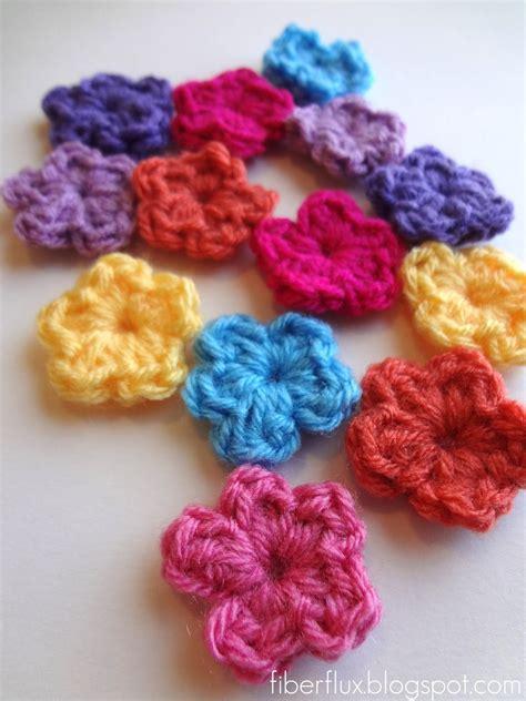 pattern crochet flower fiber flux free crochet pattern one round flowers