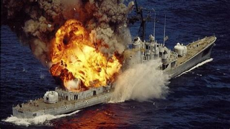 boat vs ship us navy us navy ships vs 10 000lb of explosives missiles us