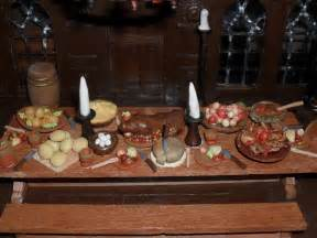 Medieval banquet table medieval banquet hall table