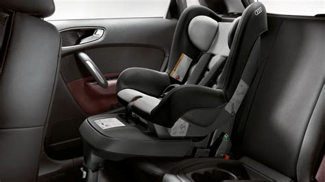 autostoel ford isofix base for the baby seat and for the child seat