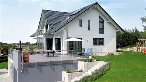 Haus Im Hang Bauen by Bildergebnis F 252 R Haus Am Hang Garage Haus