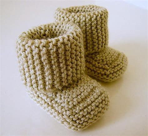 knitted booties oh baby baby booties knitting patterns and crochet