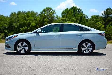 Hyundai Sonata Hybrid Limited by 2016 Hyundai Sonata Hybrid Limited Review Test Drive
