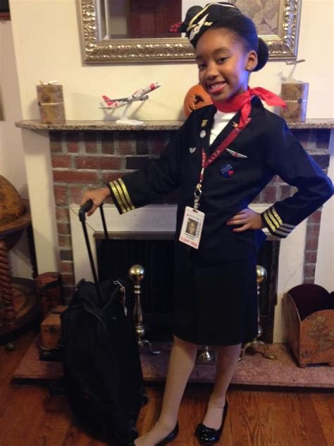 how to become a flight attendant for airlines in the middle east books delta airlines flight attendant costume