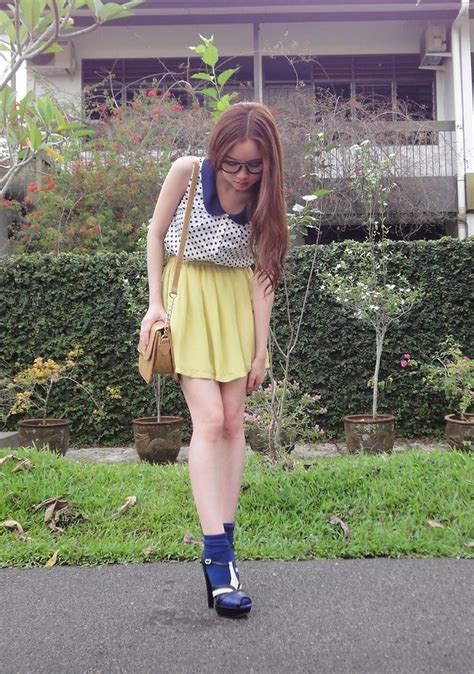 Lyppi Blouse baby qi peterpan collar dotted blouse pear flippy skirt miss selfridge vintage purse