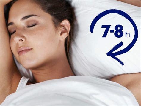 wie lange sollte schlafen den stress durch die richtige schlafposition abbauen