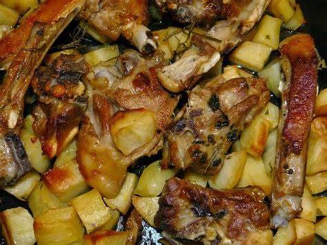 cucinare l agnello al forno agnello al forno con patate ricettadoc it