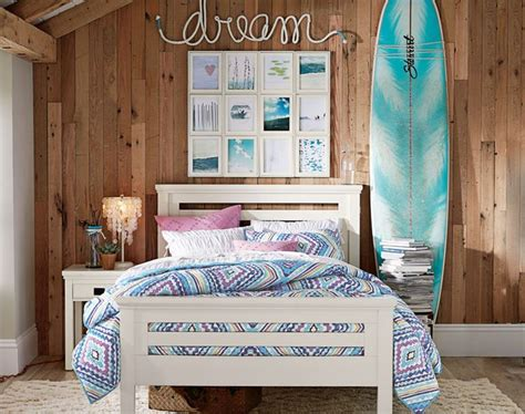 surfer girl bedroom best 25 surf bedroom ideas on pinterest