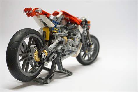 Lego Bike 1 lego ideas technic cafe racer