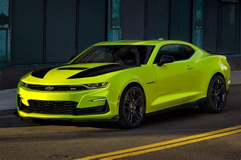 um colors chevy announces new shock color for 2019 camaro gm authority