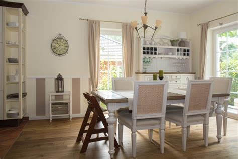 stuckleisten wohnzimmer w 228 nde professionell gestalten stuckleisten und streifen