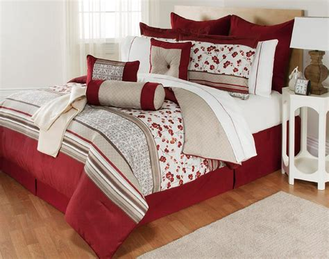 The Great Find Delancey 16 Piece Bedding Set Floral Buy A Bed Set