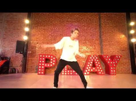 bazzi dance connor dancing at playground la to star by bazzi