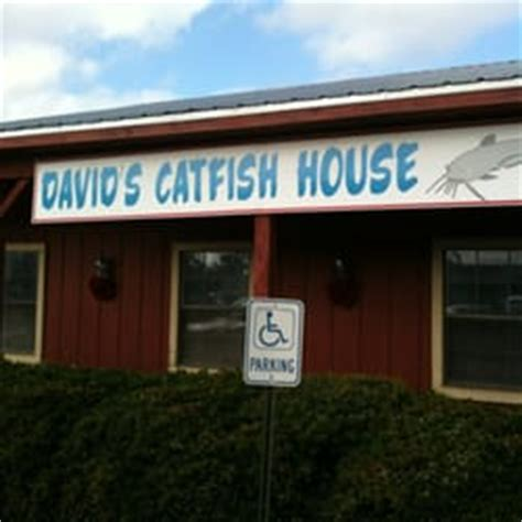 davids catfish house main sign