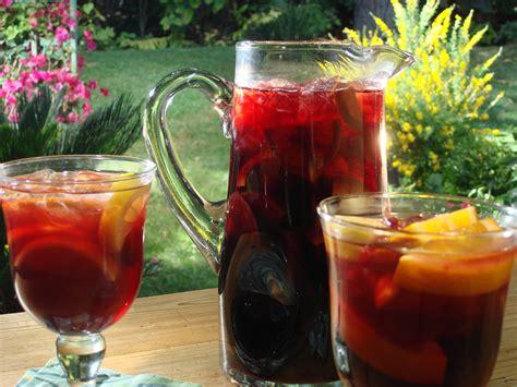 classic spanish sangria recipe dishmaps