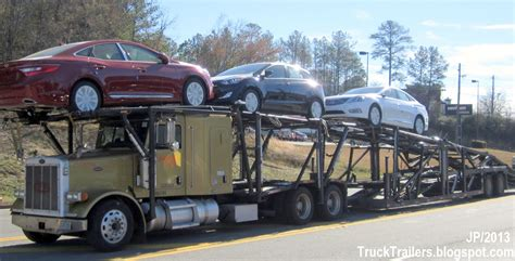 truck trailer transport express freight logistic diesel mack peterbilt kenworth volvo