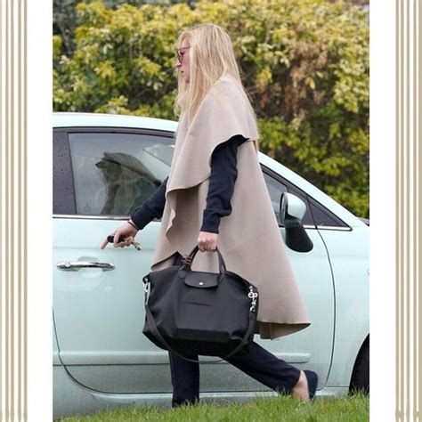 Original Longch Neo Size M 11 authentic longch quot neo quot le pliage n 233 o reinvents the classic le pliage collection in a smarter