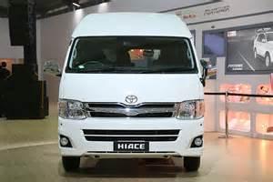 Used Hiace Car In Delhi Hiace 12th Delhi Auto Expo 2014 Toyota Motor