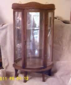 Antique Lighted Curio Cabinet Vintage Curio Cabinet Ebay