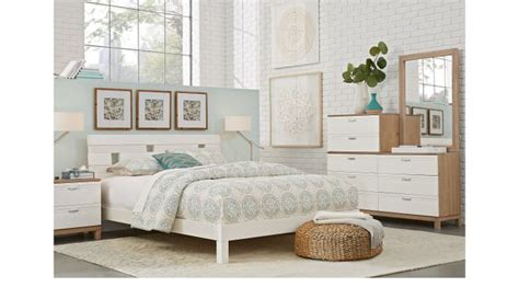 gardenia silver 5 pc queen platform bedroom queen gardenia white 5 pc queen platform bedroom contemporary