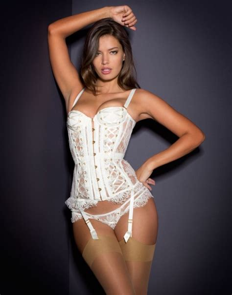 Tiny House Finder 10 luxury lingerie sets for your wedding