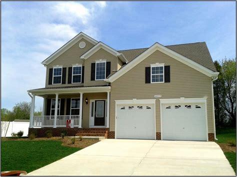 color houses best vinyl siding color combinations house exterior