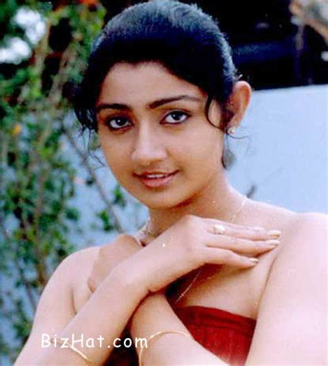 actress divya unni new photos 1st name all on people named divya songs books gift