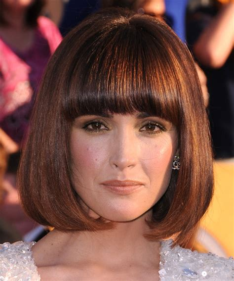 boyish haircuts on redheaded women with blunt front bangs rose byrne medium straight formal bob hairstyle with blunt
