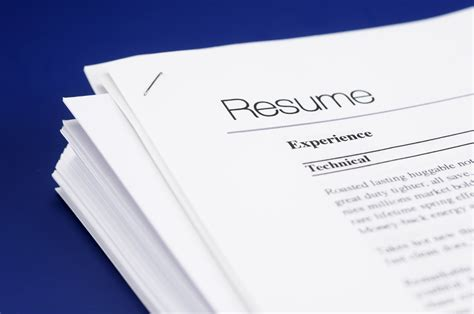 resume stock paper how to spot a resume colonial wallet wisdom