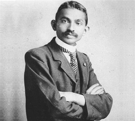 gandhi bio mahatma gandhi biography facts life history role in