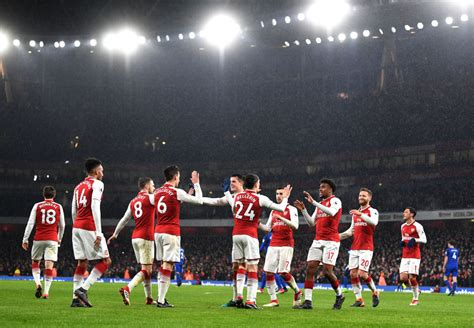 arsenal europa league arsenal milan i media inglesi condannano il gesto di