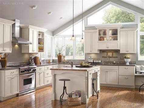 优雅豪宅厨房设计图片 土巴兔装修效果图